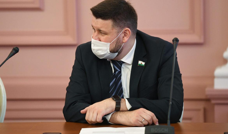 Депутат от Партии Роста на сессии Казгордумы задал вопрос о поддержке бизнеса