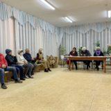 Депутат от Партии Роста принял участие в сходе жителей поселка Опушка