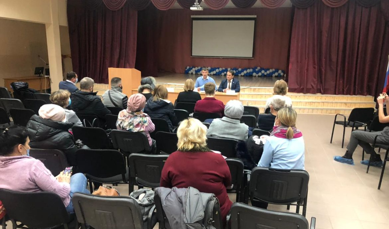 Депутат от Партии Роста провел прием избирателей в новом формате