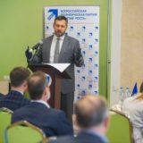 Олег Коробченко: «Средства ФНБ надо направить на открытие заводов»
